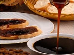 Mulberry molasses